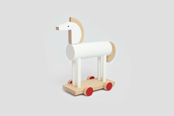 dřevěná hračka Amaris