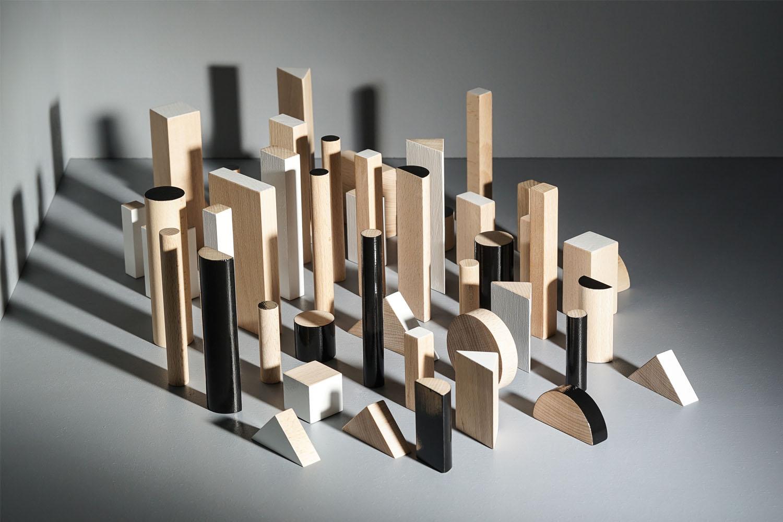 KUTULU dřevěná stavebnice BRIKULO černobílý Manhattan